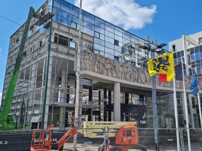 Grote sloopwerken voor nieuw stadskantoor in Gent