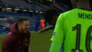 Dit valt niet goed in Madrid: Eden Hazard dolt vlak na uitschakeling met Chelsea-spelers