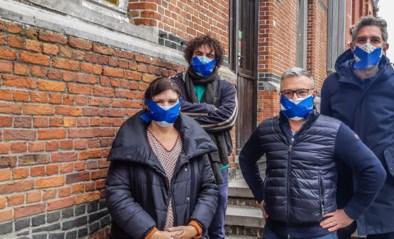 """Oppositie protesteert tegen 'tweevragenregel' waarmee meerderheid """"ellenlange monologen"""" wil aanpakken: """"Ze maken ons monddood"""""""
