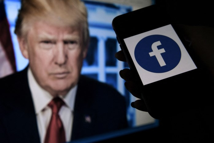 """Trump nog altijd geschorst op Facebook en lanceert dan maar eigen blog, maar """"grote comeback"""" blijft uit"""