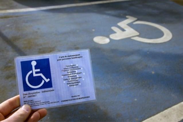 Elke dag wordt minstens één iemand in Gent betrapt op een parkeerplaats voor mensen met een beperking