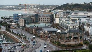 Verenigd Koninkrijk stuurt marineschepen naar Jersey om visconflict met Frankrijk