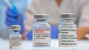 """Farmagiganten dreigen patent op vaccins te verliezen: """"Hoe meer, hoe beter. Zo gaan we er niet geraken"""""""