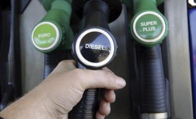 Nog snel tanken: benzine wordt beetje duurder