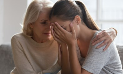 Bij één op de tien vrouwen liep zwangerschap fout: hoe kan je steun bieden na een miskraam?
