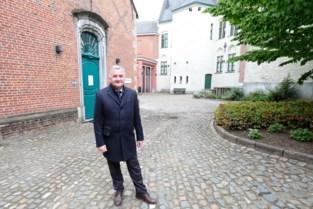 """Schepenen dromen van musea in belfort en oud stadhuis: """"In Mechelen zijn er meer dan tien, in Oostende een stuk of acht, Aalst heeft maar één museum"""""""