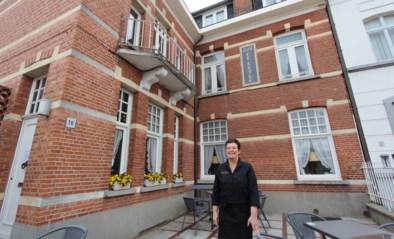 Café De Retro opent in 'huis van de Zwitser'