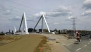 Verkeer kan maand lang niet over brug Albertkanaal