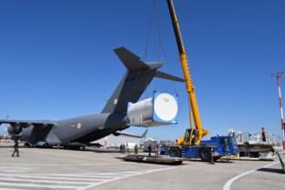 Legervliegtuig haalt vier zuurstoftanks op in Oostendse luchthaven in de strijd tegen corona in India