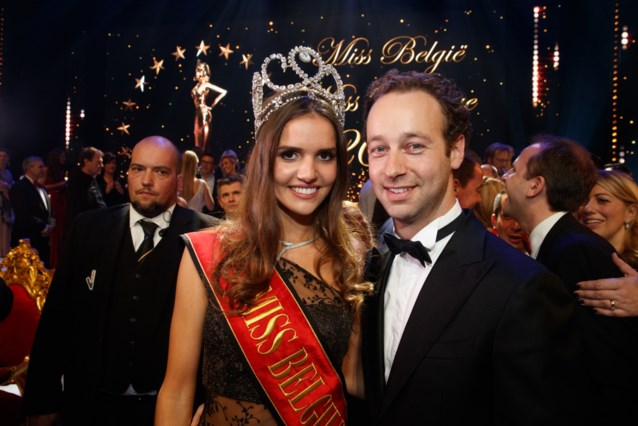 Ex-Miss België Romanie Schotte (23) verwacht eerste kindje