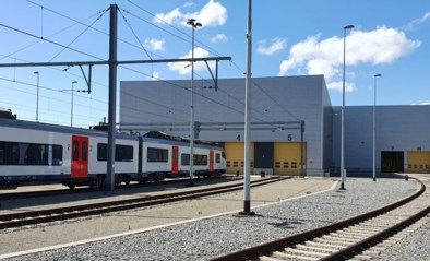 """""""Lichten van werkplaats vanop drie kilometer zichtbaar"""": Buurtprotest en proces-verbaal van gemeente dwingen NMBS tot nieuwe lichtmeting"""