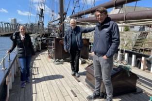 """Tweemaster De Nele verhuist van Visserijdok naar Mercatordok: """"We moeten ons maritiem erfgoed een beetje meer in de spotlights zetten"""""""