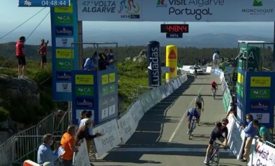 Ronde van de Algarve: Brits toptalent Ethan Hayter wint lastige rit en is nieuwe leider