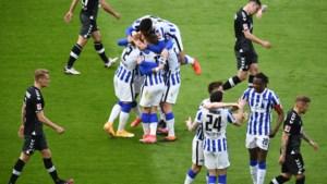 Dedryck Boyata keert terug in basis bij Hertha Berlijn en boekt meteen broodnodige zege