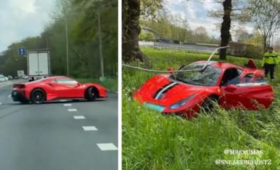 Peperdure Ferrari begint plots te slippen en crasht op snelweg in Nederland