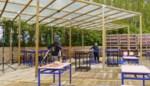 """""""Nemen ze ons eigenlijk voor onnozelaars?"""": terrasregels veranderen 24 uur voor heropening, horeca reageert woest"""