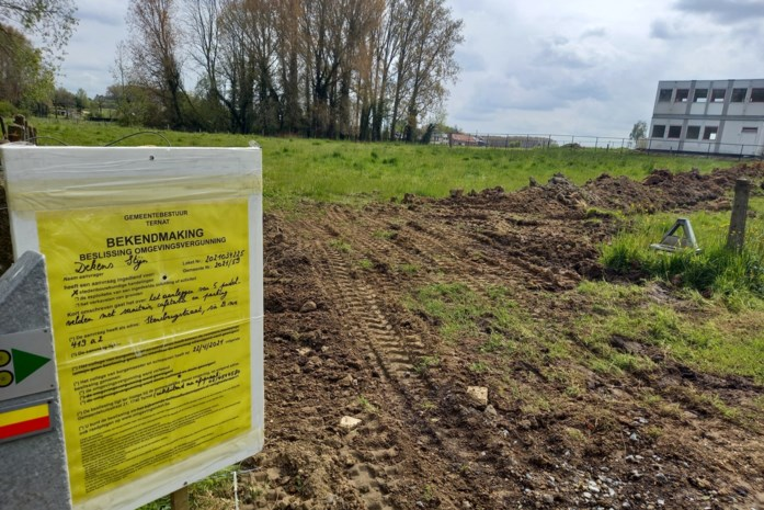 Vergunning voor padelproject met vijf velden