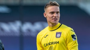 Wie is Bart Verbruggen, de 18-jarige doelman van Anderlecht die debuteert in Brugge? Een kroonjuweel van 1 meter 93