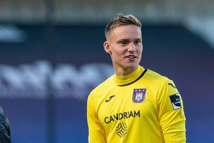 """Bart Verbruggen maakt bij Anderlecht droom van zijn vader waar, vier maanden na diens onverwachte overlijden: """"Hij had erbij moeten zijn"""""""