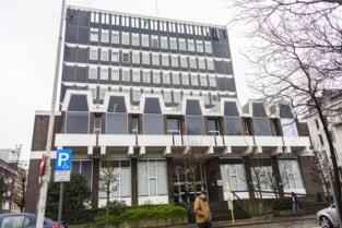 Antwerpse ex-politieman vrijgesproken voor racisme en diefstal door 'bende van Mega Toby en Sproetje'