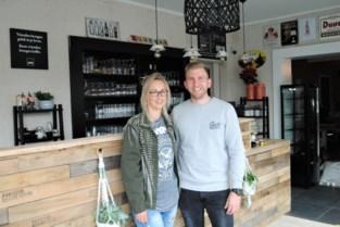 Ze stonden op het punt om te stoppen met hun koffiebar, maar Wim en Stefanie gaan er toch mee door, zelfs met tal van vernieuwingen