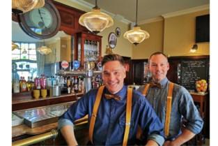 Van het vliegtuig naar iconisch café: ex-stewards Steven (43) en Marc (46) zijn 'ready for take-off' in de horecawereld