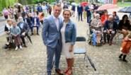 Trouwen met 50 aanwezigen mag weer: bruidspaar neemt regen er graag bij tijdens eerste kasteelhuwelijk in Schoten
