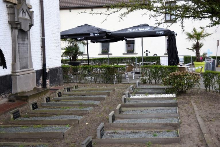 Regenweer zet een kleine domper op ochtendlijke heropening terrassen