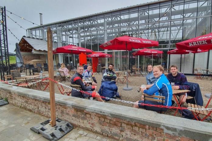 Terras van fiets- en wandelcafé Paddenbroek wordt hotspot in Pajottenland