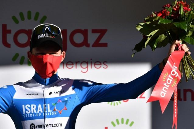 Eerste opgave van de Giro is een feit… na val op weg naar hotel: Krists Neilands breekt sleutelbeen
