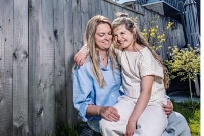 """Tien jaar na het drama in de Giro blikt vriendin van Wouter Weylandt terug: """"Er hangen geen foto's van Wouter meer in huis. Het doet te veel zeer"""""""