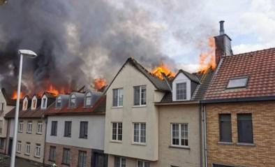 """Exact maand na de verwoestende brand in Opwijk: """"Herstellingswerken zullen veel langer duren dan eerst voorzien was"""""""