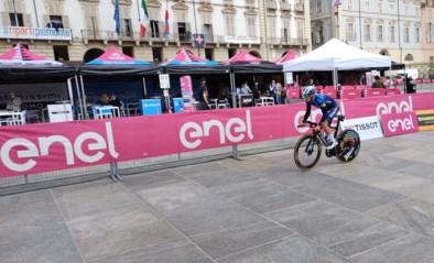 Nog een laatste keer de openingstijdrit van de Giro verkennen: Remco Evenepoel zat vanochtend al op de fiets in Turijn