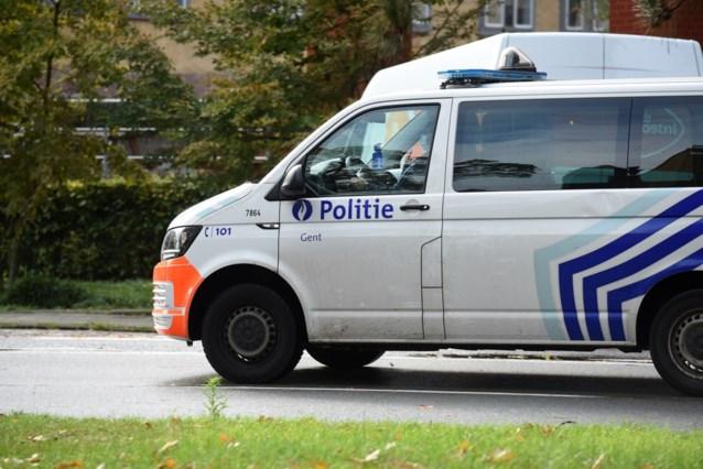 """Politie had al handen vol op eerste nacht zonder avondklok in Gent: """"Ze tasten de versoepelde regels af"""""""