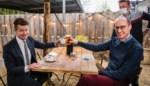 Minister Vincent Van Peteghem drinkt eerste pint aan zes procent BTW