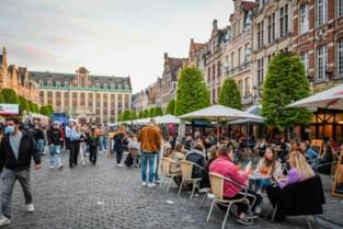"""Iedereen tevreden na eerste terrasjes: """"Leuvenaars mogen fier zijn op dit verloop"""""""