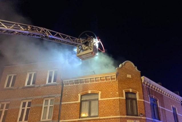 Stoffelijk overschot aangetroffen na brand in kraakpand in Hasselt