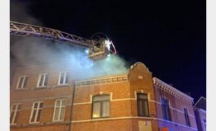 Dakbrand verwoest leegstaand gebouw in Hasselt