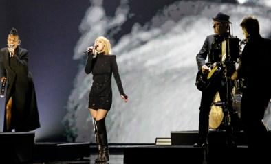 Een spookachtige act, maar het echte wapen blijft Geike Arnaert: dit onthoudt onze man van de eerste repetitie van Hooverphonic voor het Eurovisiesongfestival