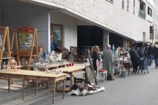 Terug van (even) weggeweest: veel volk op Tongerse antiekmarkt