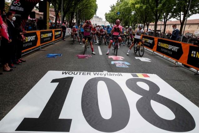 Minuut stilte in Giro ter nagedachtenis van Wouter Weylandt