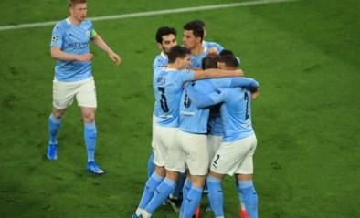 Nu dan voor City? Bij verlies van stadsrivaal United worden de Bruyne en co vanuit de zetel kampioen