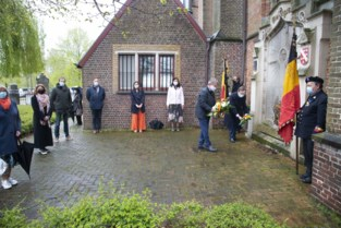 Oostkamp herdenkt oorlogsslachtoffers op V-dag