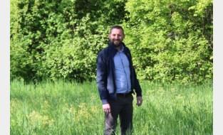 """Gemeente laat deze maand gras groeien: """"Rijkelijk buffet voor bijen en vlinders"""""""