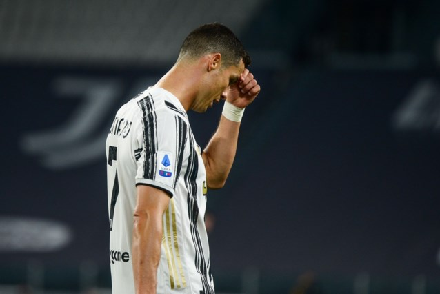 """Cristiano Ronaldo wederom onder vuur na nieuwe wanprestatie van Juventus: """"In zijn hoofd lijkt hij al elders te zitten"""""""
