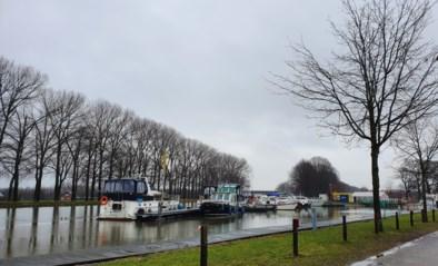 Werken aan het jaagpad langs Kempisch kanaal