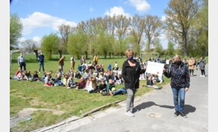 Spring in 't Veld steunt Rainbow for Kids