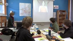 """Tweede en derde graad weer naar school: """"Terug gezichten, in plaats van een computerscherm"""""""