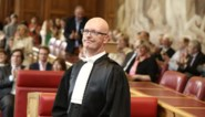Geschorste procureur des Konings riskeert cel voor aanranding en ongewenst seksueel gedrag