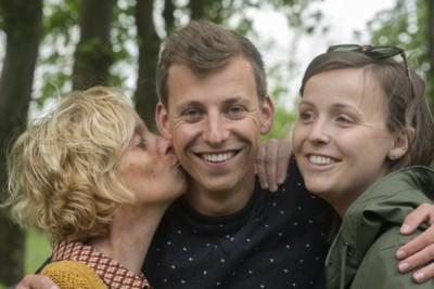 """Lotte, vriendin van mol Lennart Driesen: """"Ik heb het geheim zelfs in zijn slaap proberen te ontfutselen"""""""